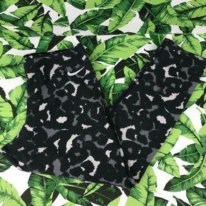 5 for $25 Nike Camouflage Black Leggings